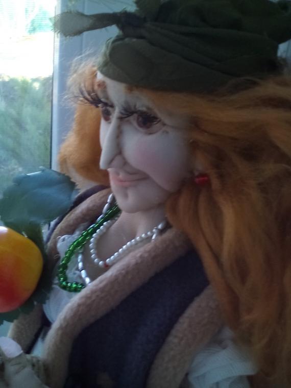 Баба яга с молодильными яблоками