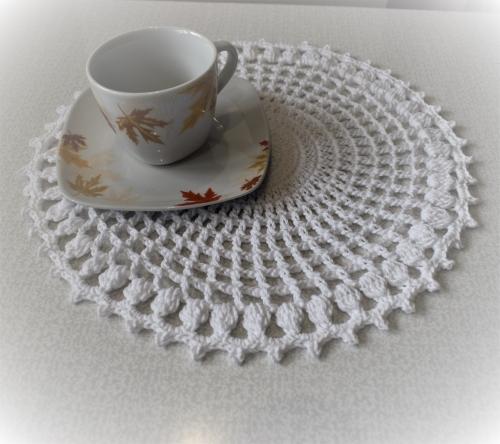 Салфетки для сервировки стола / подставки под горячее