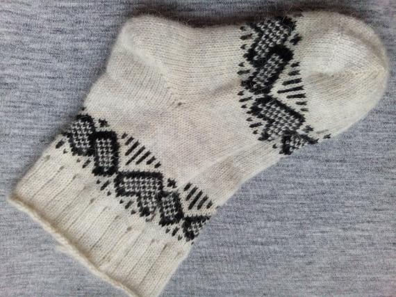 Носки с оленями из шерсти