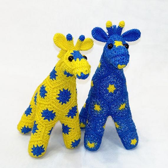 Парочка звёздных жирафиков.