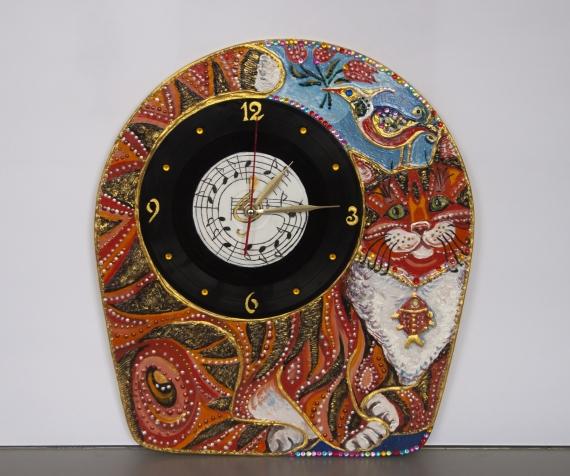 Часы «кот-меломан»