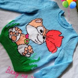 Детский свитер с котенком