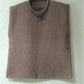 Пуловер-пончо вязаный шерстяной бежево-кирпичного цвета Бохо