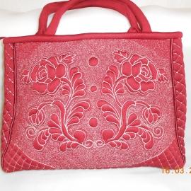 сумка женская бордо из неопрена