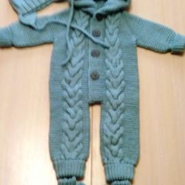 костюмчик для новорожденого