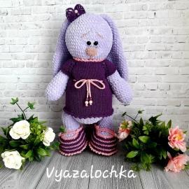 Зайка Плюша