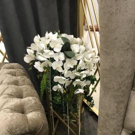 Композиция с белой орхидеей real-touct