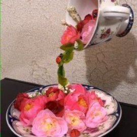 Парящая чашка