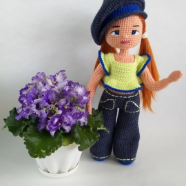 Куколка в джинсах.