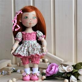 Куколка коллекционная текстильная Сонечка
