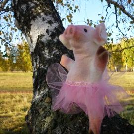 перчаточная кукла свинка