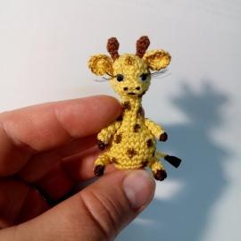 Жираф миниатюра