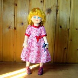 Алька. Подвижная кукла из текстиля