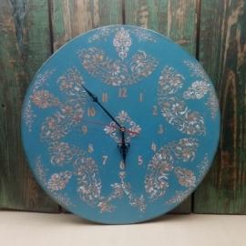 Деревянные настенные часы