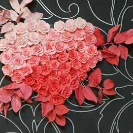 """Панно """"Сердце из роз"""""""