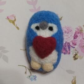 """Шерстяная брошь """"Пингвинчик"""""""