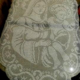 """Салфетка-скатерть """"Богородица с младенцем Иисусом"""""""