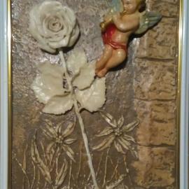 Ангелочек с розой