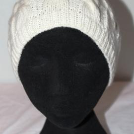 Детская шапочка белая