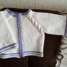 Кофта для новорожденного