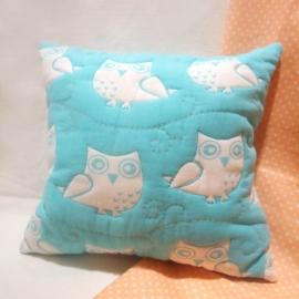 Стеганая подушка в детскую