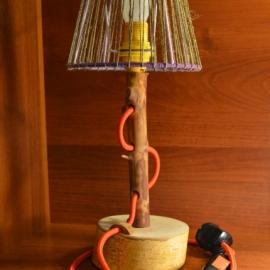 Настольная лампа из дерева от Custom Lamp Studio