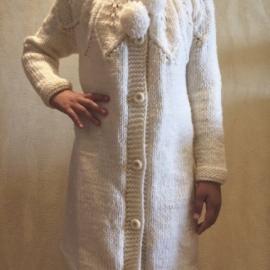 Пальто вязаное для девочки 8-9 лет
