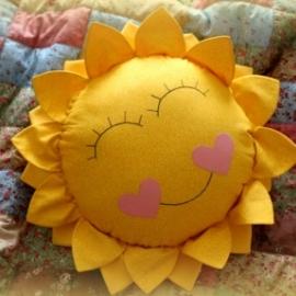 подушка солнце