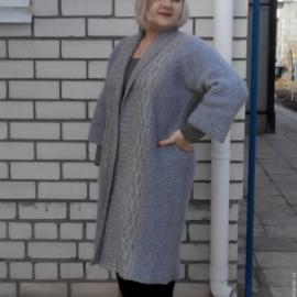Пальто женское вязаное